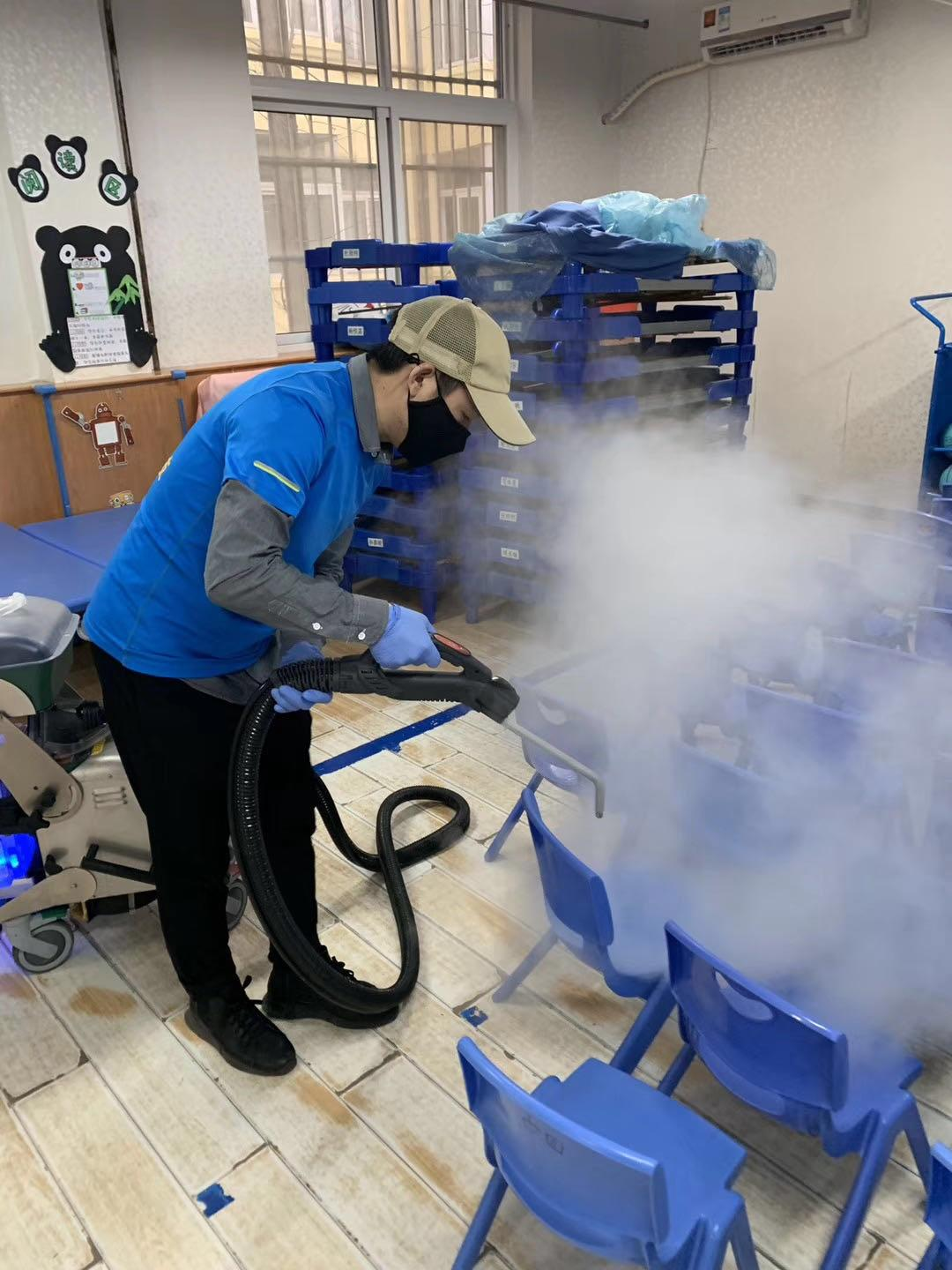 Chair decontamination Corona Virus COVIS-19 Wuhan China by Blue Evolution Drysteam
